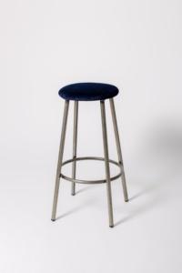 taburete estilo industiral asiento tapizado terciopelo