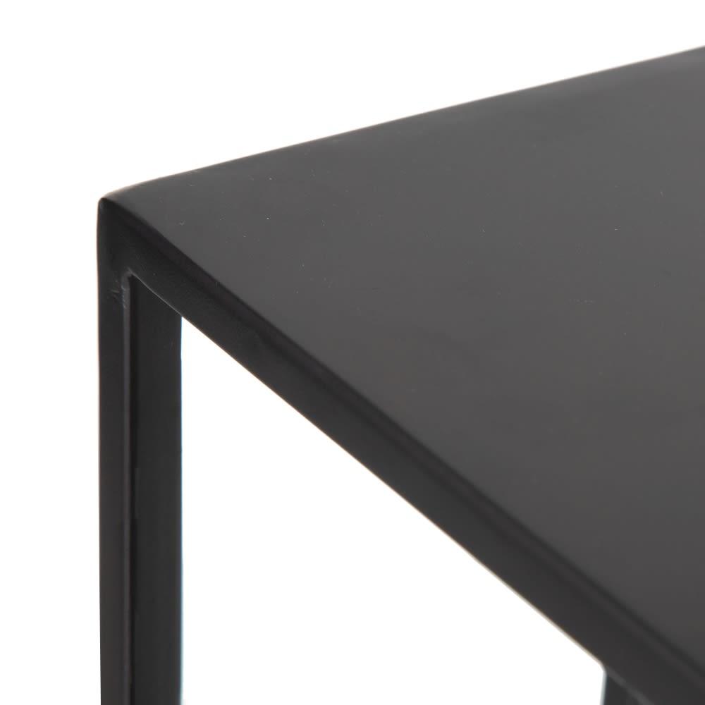 mesa-auxiliar-metalica-detalle