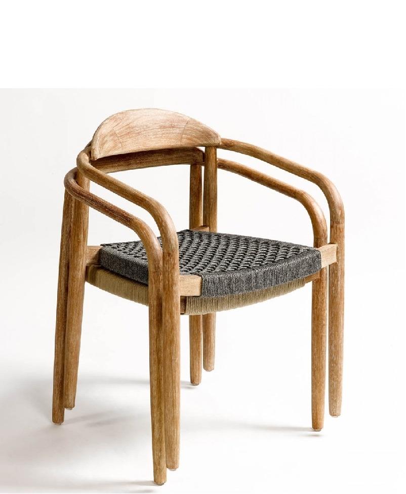 silla-diseño-madera-y-asiento-cuerda-negra-apilable